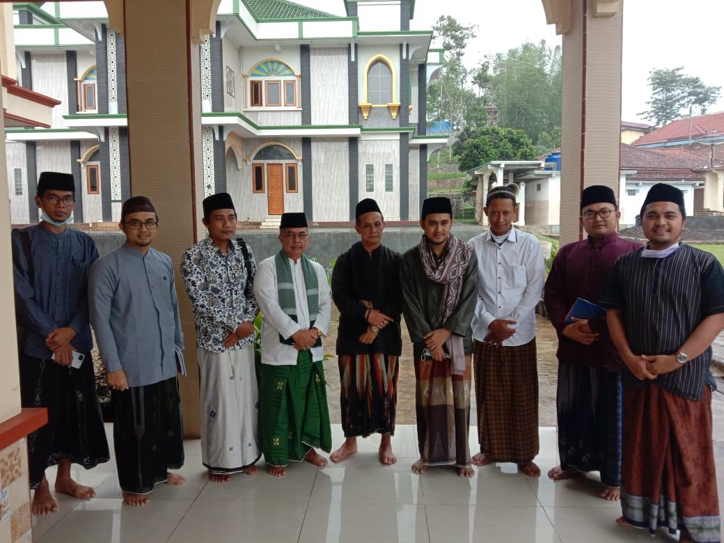Ra Usman dan Ra Ismail Napak Tilas Ulama Sunda Murid Syekhona Kholil Bangkalan