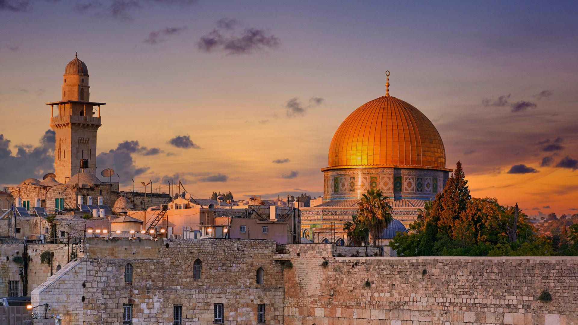Enam Hikmah di balik Pergantian Kiblat dalam Malam Nisfu Sya'ban