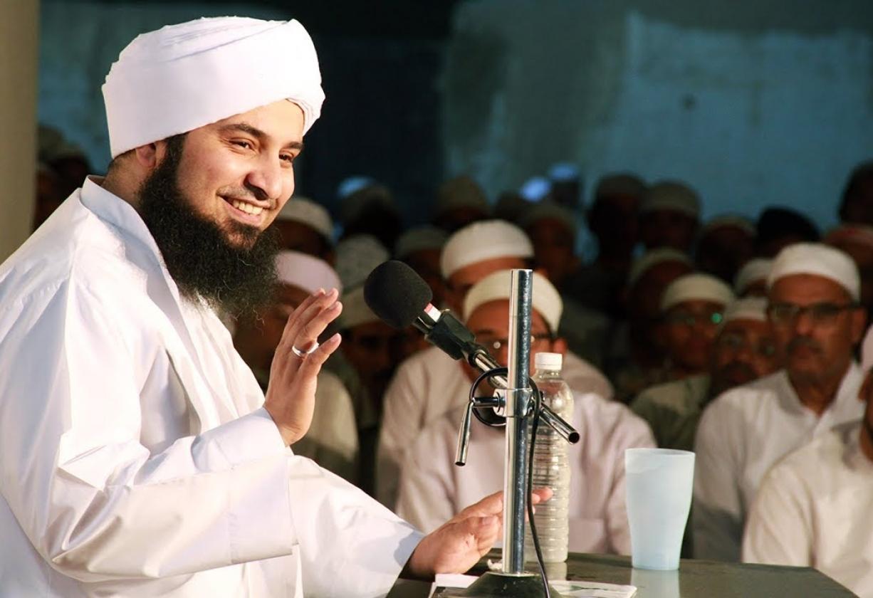Habib Ali Al-Jufri: Musibah Besar Jika Bukan Ahlinya Berfatwa