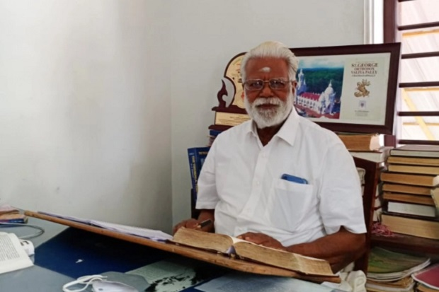 """Rancang 100 Masjid Lebih, Seorang Arsitek Hindu di India Dijuluki """"Mosque Man"""""""
